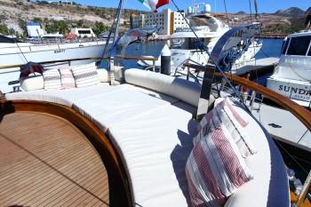 Yacht BESAME MUCHO - 14