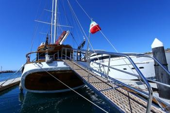 Yacht BESAME MUCHO - 15