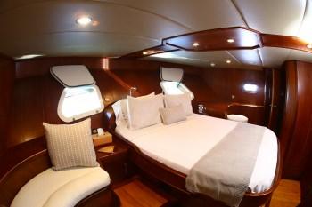 Yacht BESAME MUCHO - 6