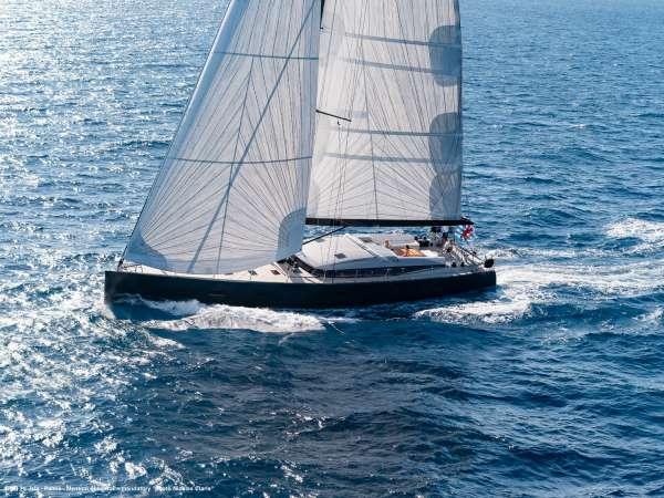 Yacht J SIX - 19