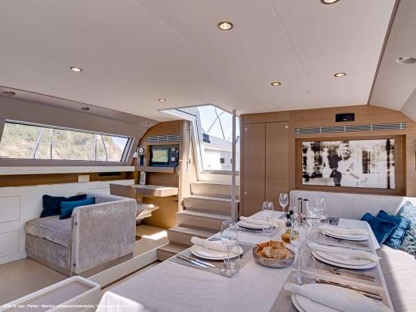 Yacht J SIX 3