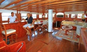 Yacht CEO 3 - 16