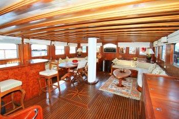 Yacht CEO 3 2