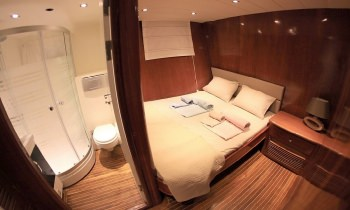 Yacht CEO 3 - 7