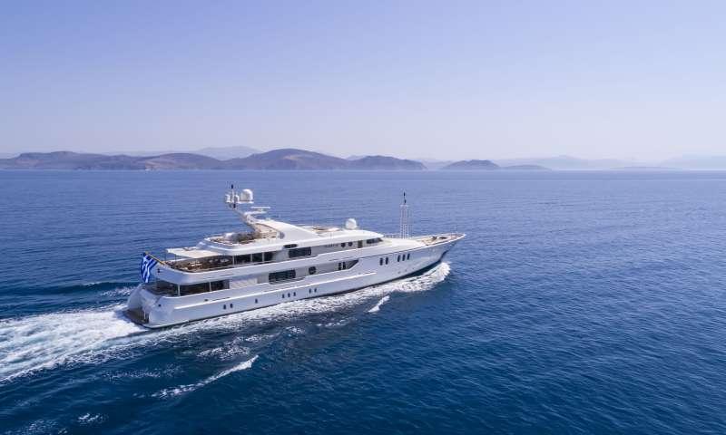 Yacht MARLA