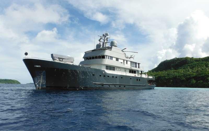 Yacht PLAN B