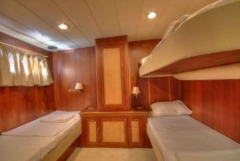 Yacht CANEREN - 8