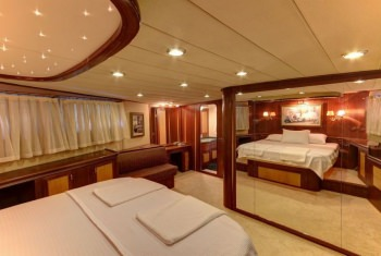 Yacht CANEREN - 9