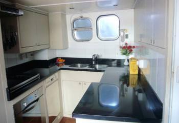 Yacht LORD JIM - 12