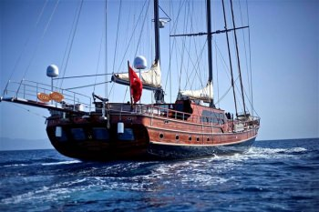 Yacht GORA - 10