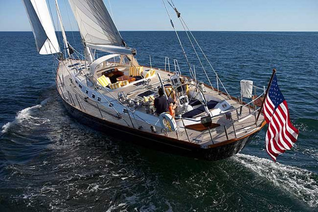 Yacht LUNA DANNS