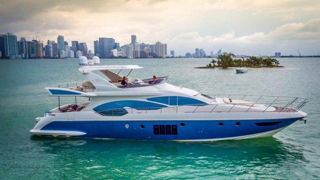 Yacht SEVEN