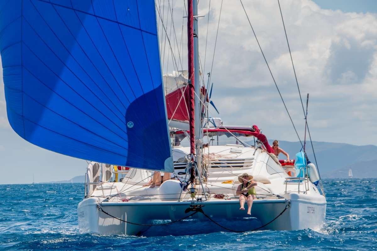 Yacht ENTHEOS