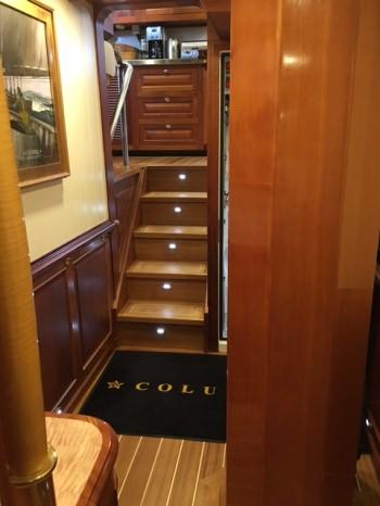 Yacht COLUMBIA - 8