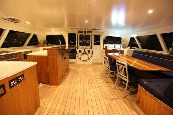 Yacht SLIM 2