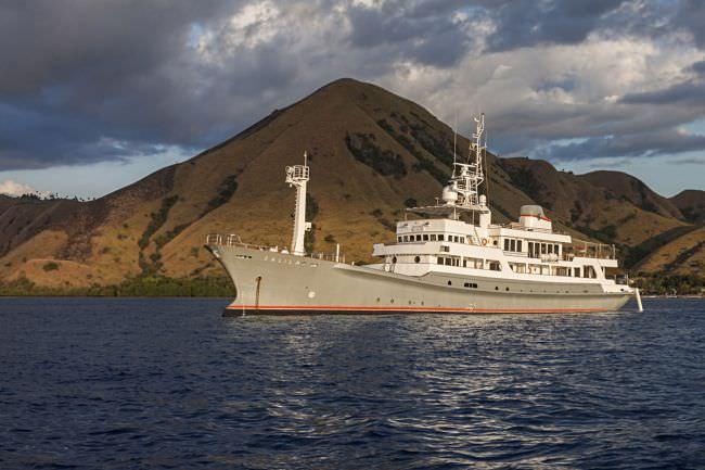 Yacht SALILA