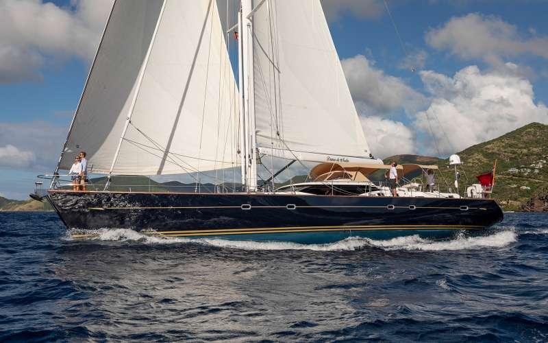 Yacht DAMA DE NOCHE