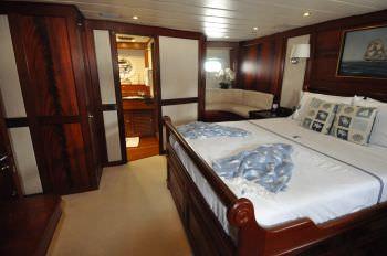 Yacht MANUTARA - 9