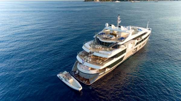 Yacht SERENITY - 4