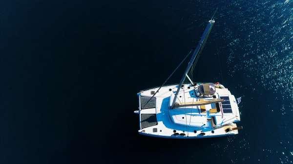 Yacht HIGH JINKS II - 17
