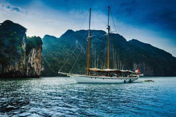 Yacht DALLINGHOO 2