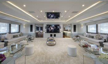 Yacht CHAKRA 2