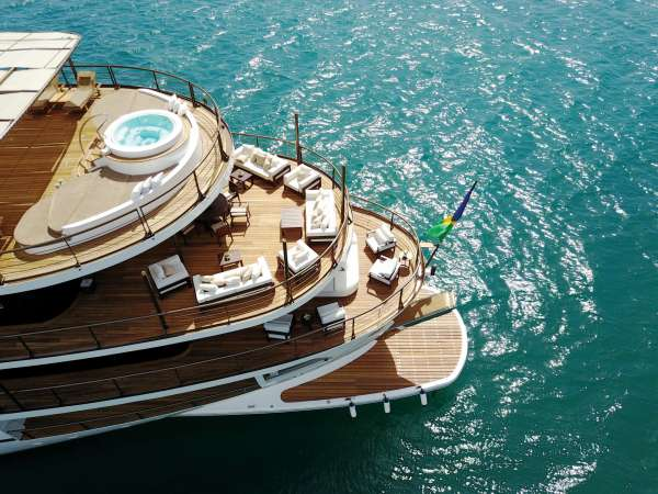 Yacht CHAKRA - 5