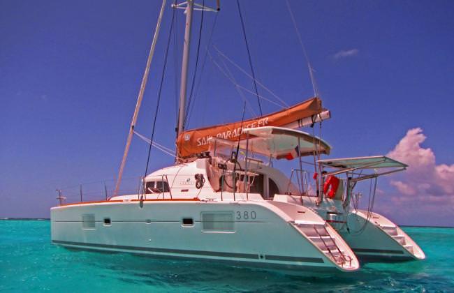 Yacht HARMONY