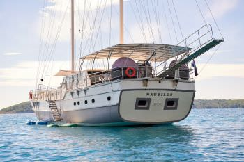 Yacht NAUTILUS - 18