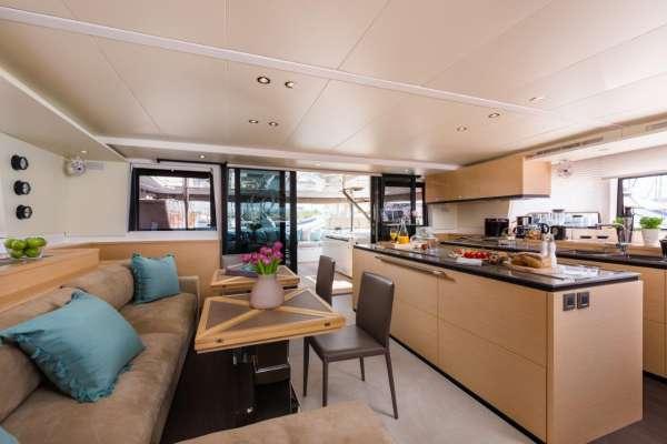 Yacht OPAL 2