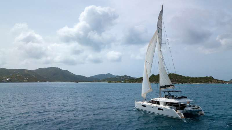 Charter with GRANDE DAME on compassyachtcharters.com