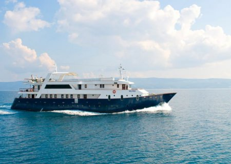 Yacht LUPUS MARE