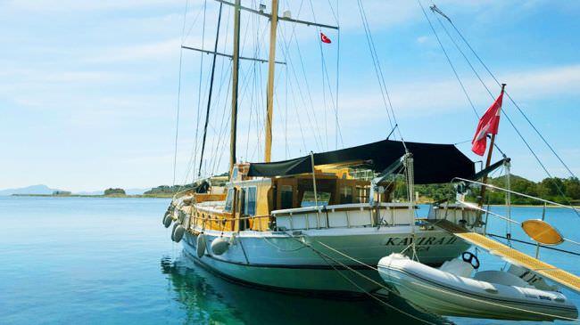 Yacht KAVIRA 2