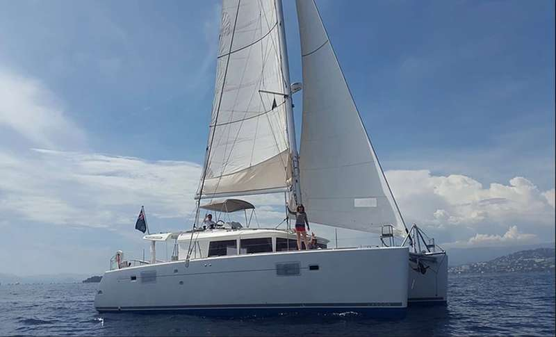 Charter with HAWKEYE on compassyachtcharters.com