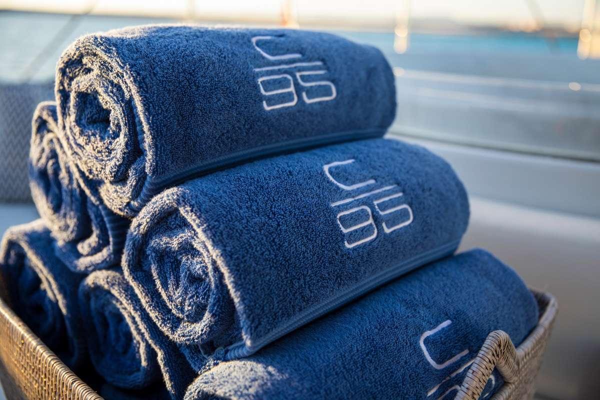 Yacht CARTOUCHE - 19