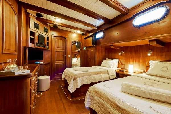 Yacht QUEEN OF KARIA - 9