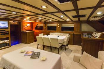Yacht MIA - 5