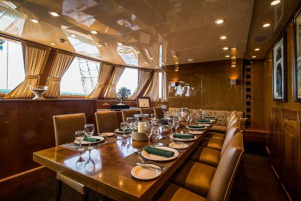 Yacht ARKTOS - 10