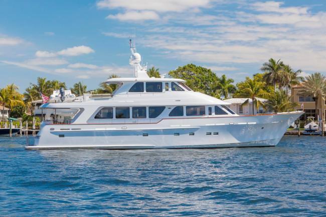 Yacht ANNDRIANNA