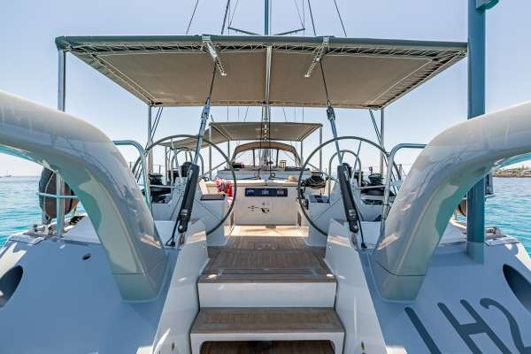 Yacht LH2 - 13