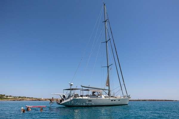 Yacht LH2 - 14