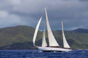 Yacht SINCERITY - 11