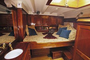 Yacht SINCERITY - 6