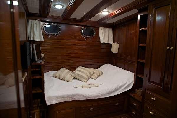 Yacht CLARISSA - 16