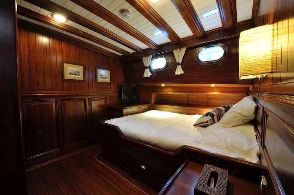 Yacht CLARISSA - 17