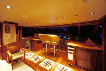 Yacht FORTY LOVE - 19