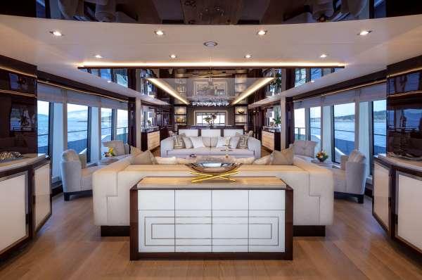 Yacht AQUA LIBRA 131 2