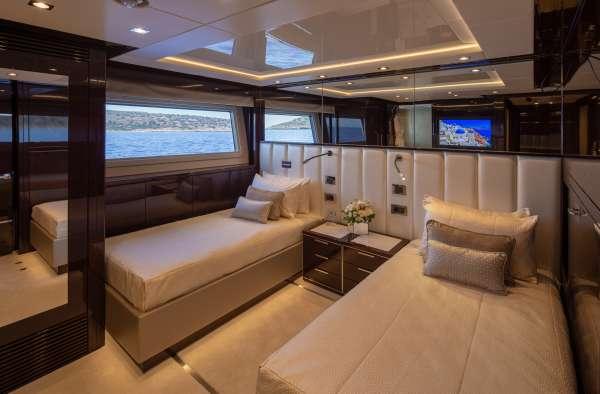 Yacht AQUA LIBRA 131 - 9