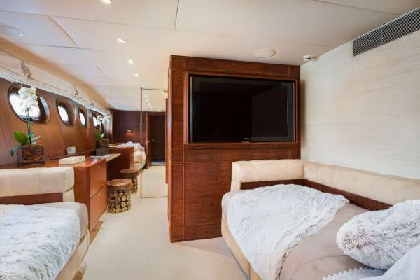 Yacht BRAZIL - 14