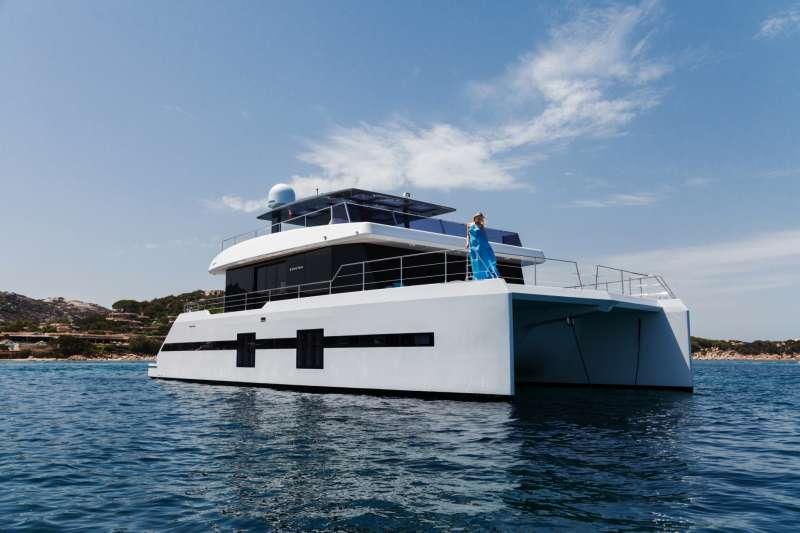 Yacht KUKLA